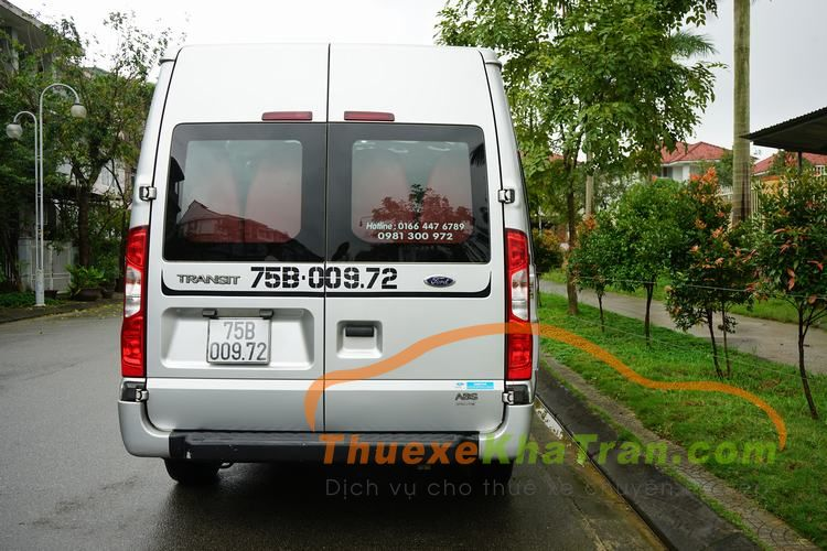 thue xe 16 cho ford transit 19