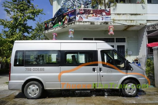 Thue xe 16 cho ford transit 7