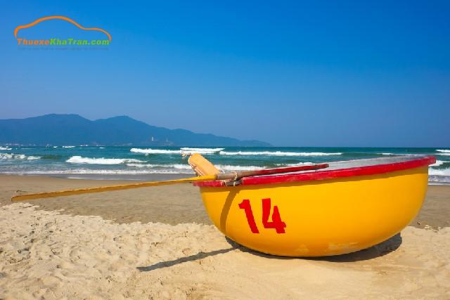 thuê xe đi biển mỹ khê