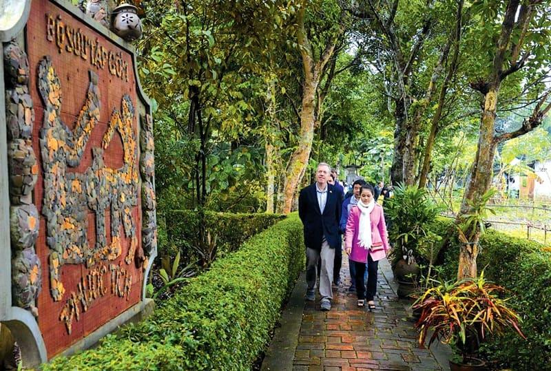 Khám phá vẻ đẹp làng cổ Phước Tích nổi tiếng xứ Huế