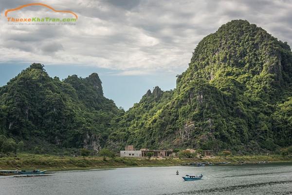 Từ Đà Nẵng đi Quảng Bình bao nhiêu km