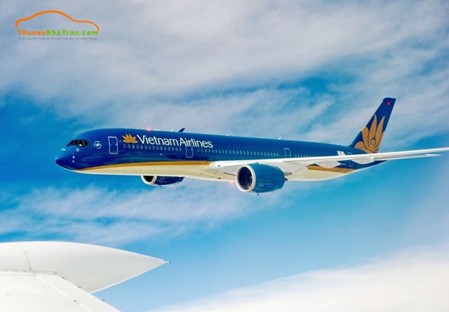 Từ Hà Nội đến Quảng Bình bằng máy bay