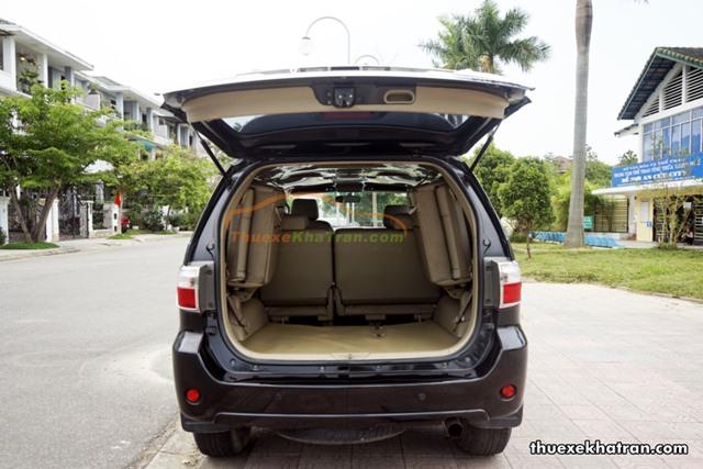 Thuê xe SUV 7 chỗ 2 cầu tại Kon Tum