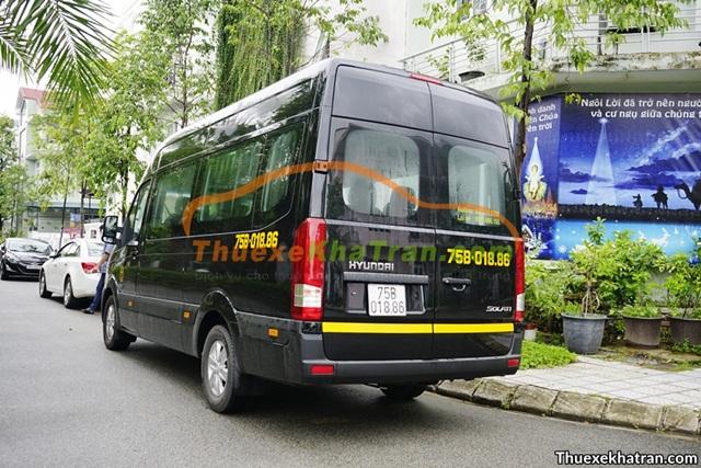 thuê xe đưa đón nhân viên tại Quảng Trị